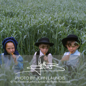 Amish in PA, 1966. Photo by John Launois, © The Estate of John Launois.